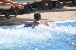 Джакузи в Басейна за водни процедури, Аквапарк Несебър